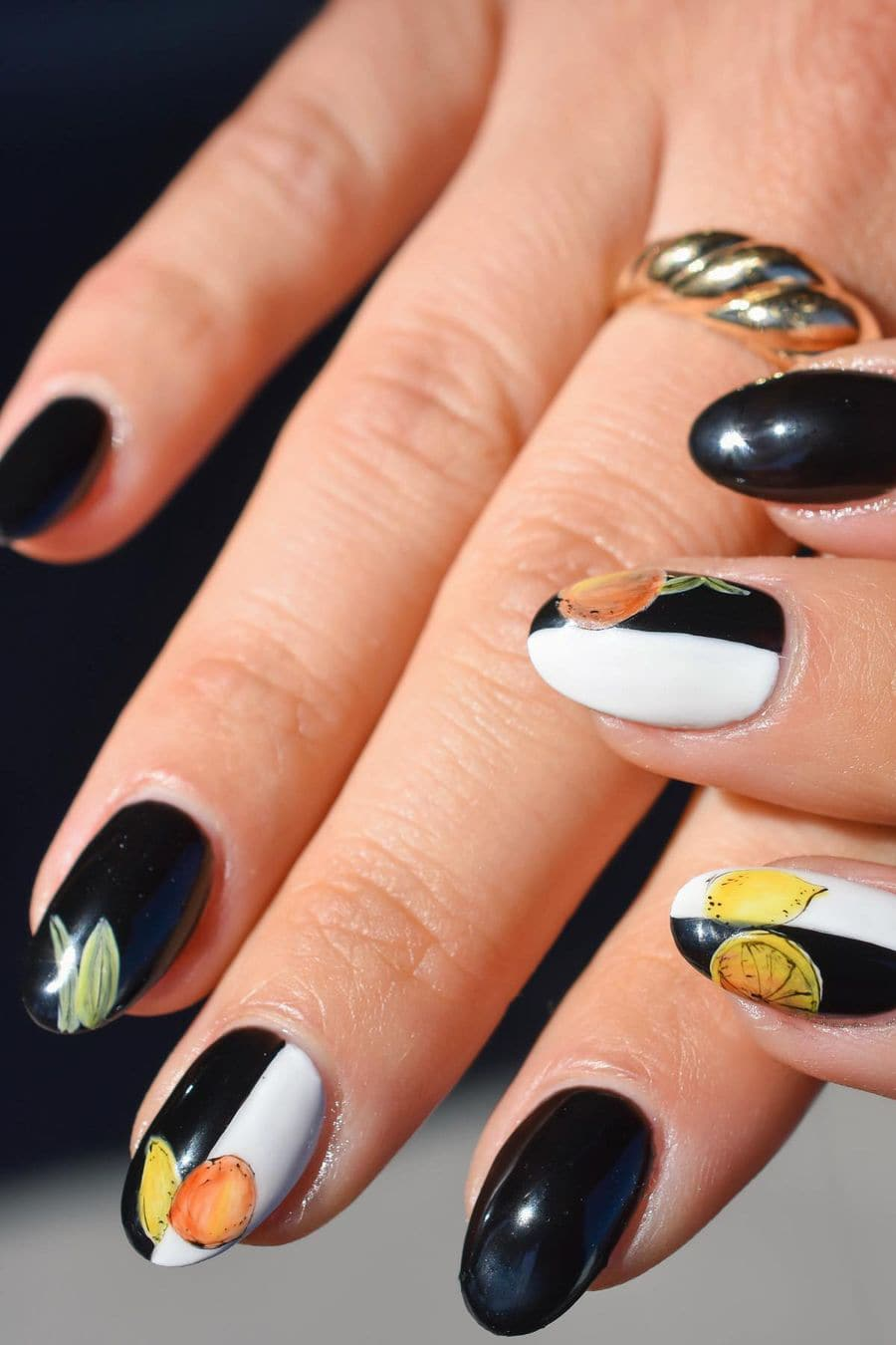 Fruit black and white nails