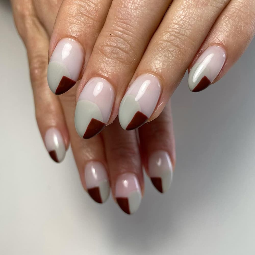 Gray-brown nails