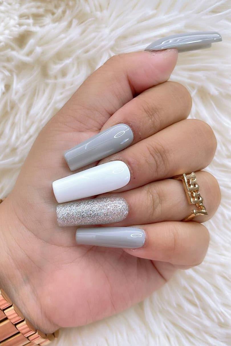 Gray square nails
