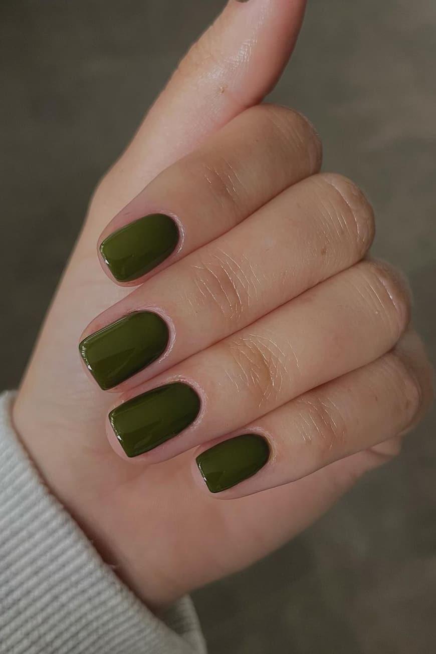 Green autumn nails