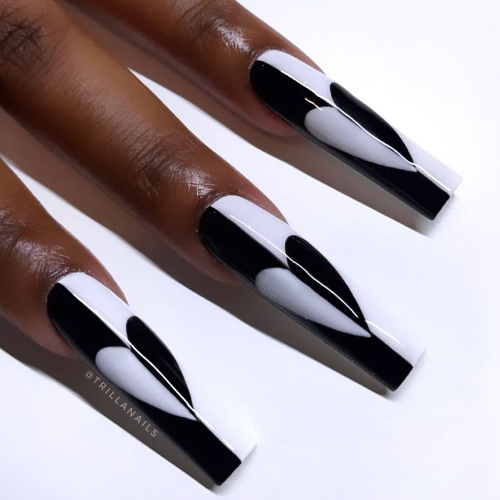 Heart black and white long nails