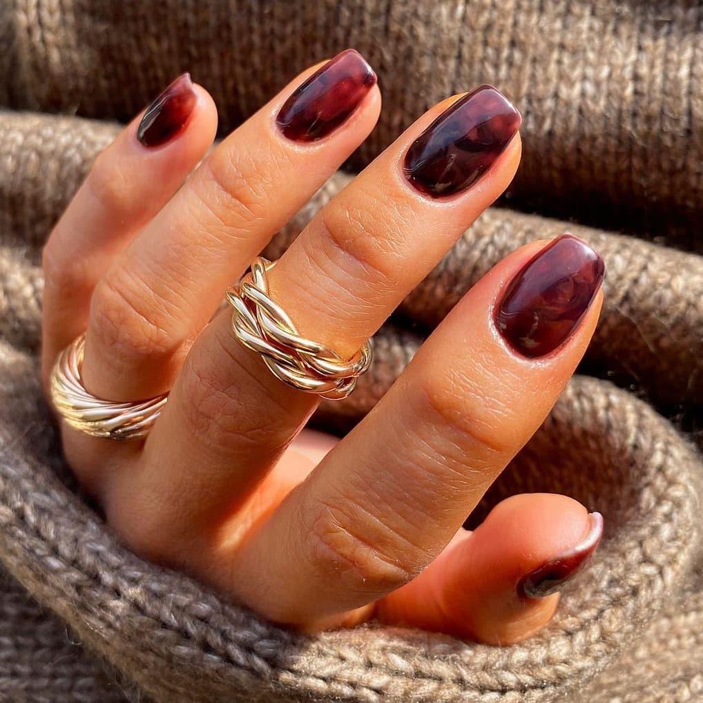 Marble autumn nails