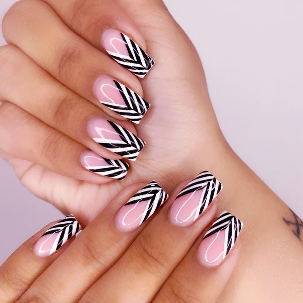 Modern black and white nails