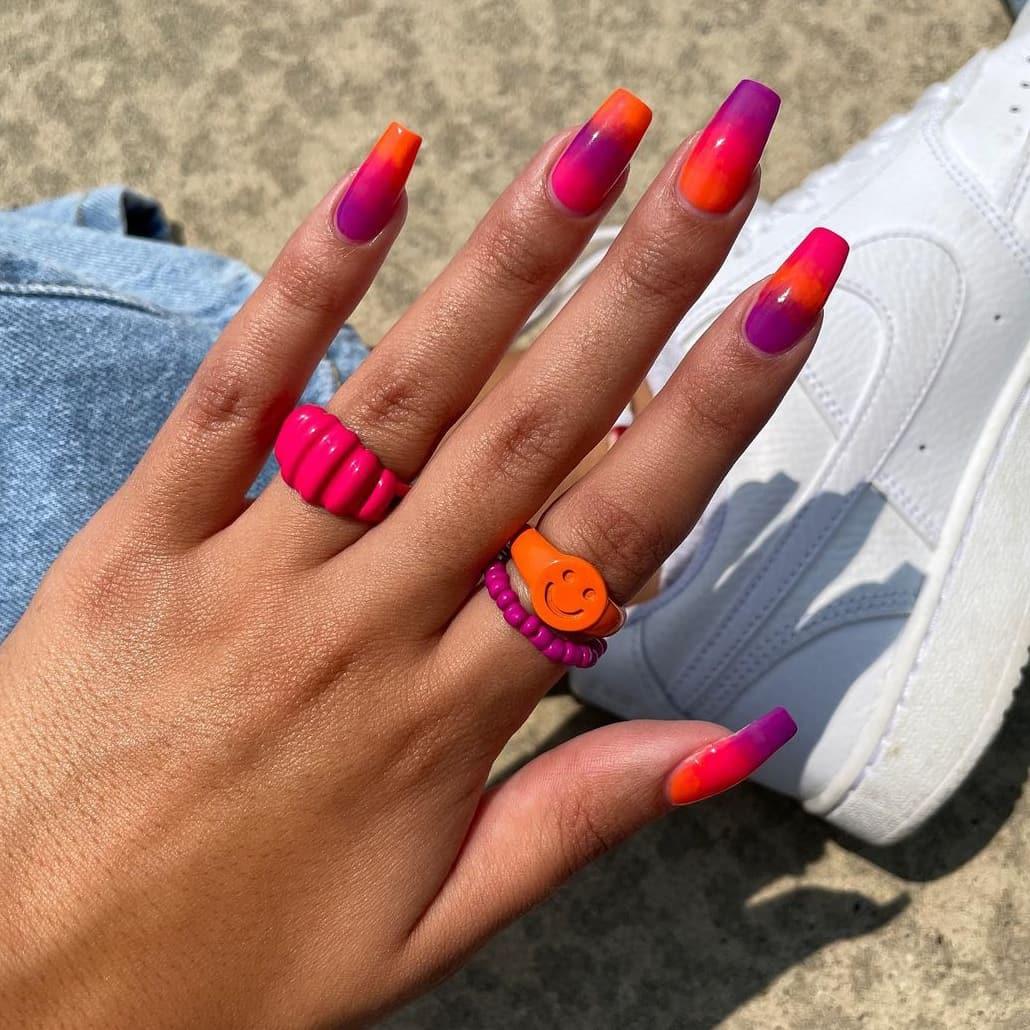 Orange gradient nails