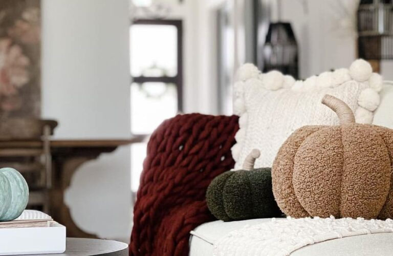 27 Simple & Easy Fall Decorating Ideas to Create a Beautiful Home