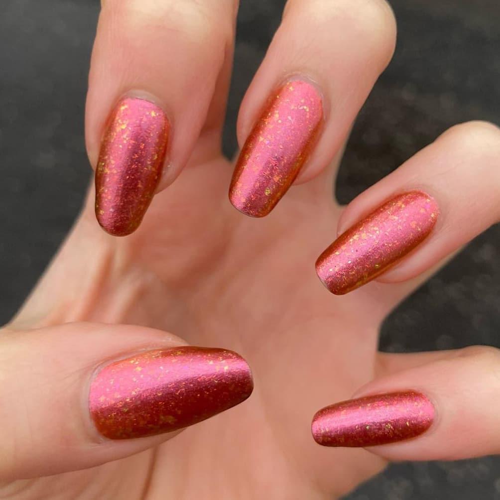 Shiny mixed color autumn nails