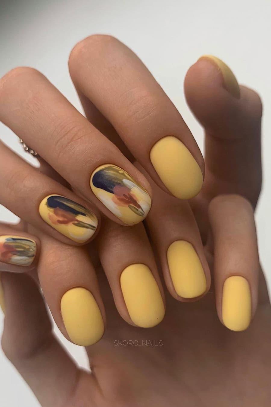 Yellow autumn nails