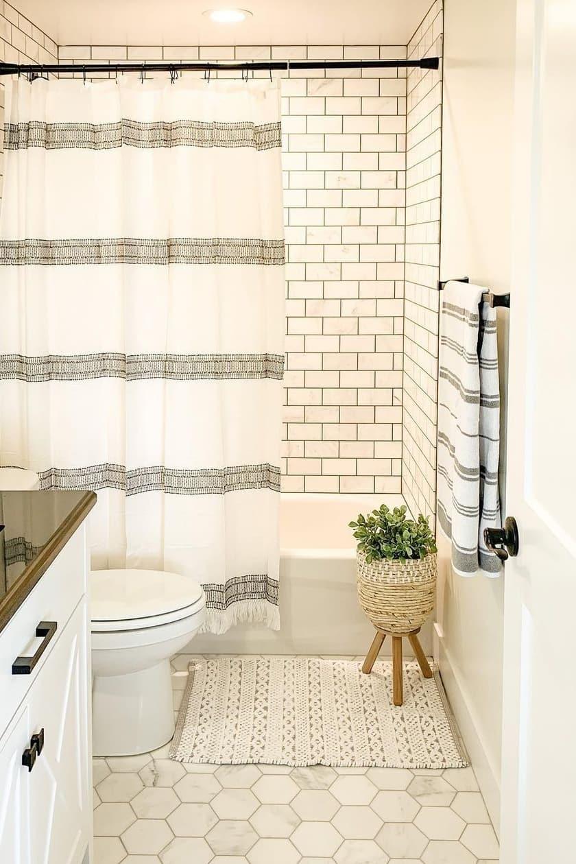 Enlarged small bathroom