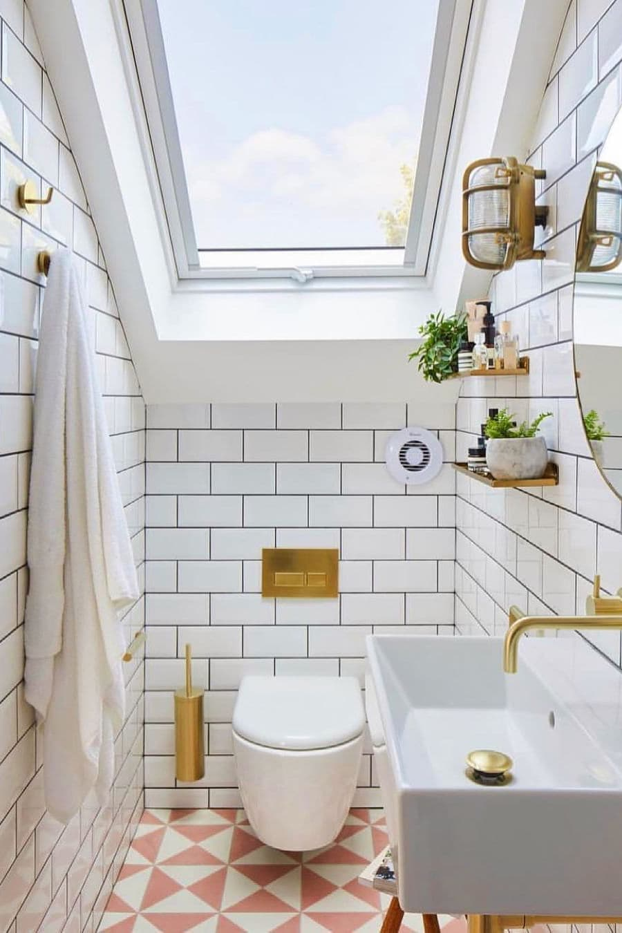 Small bathroom with golden color