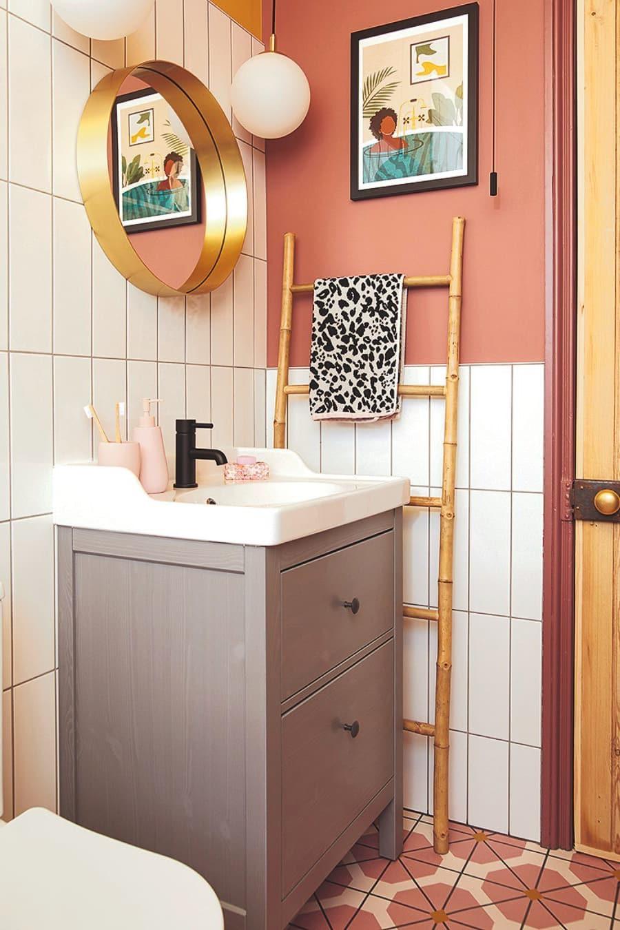 boho small bathroom