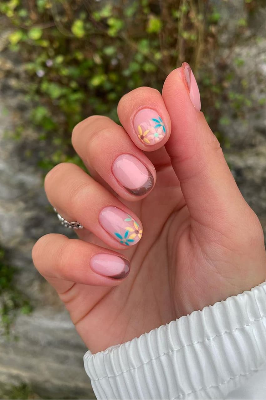 Bright colors and brown nails