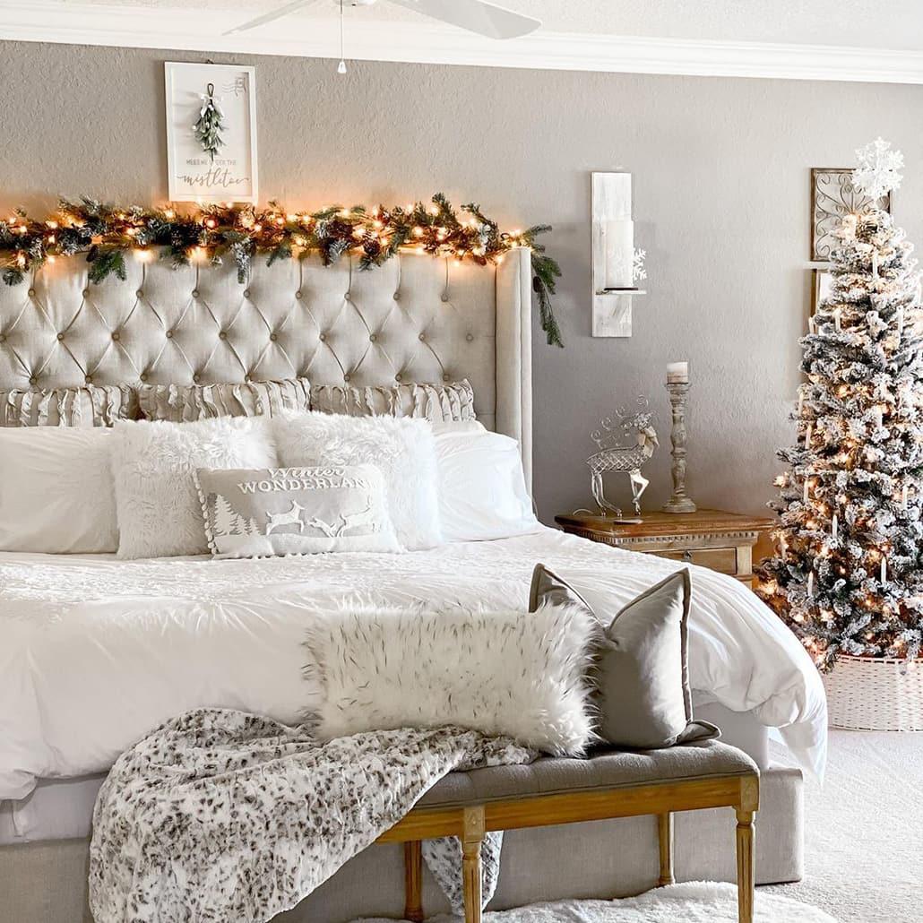 Comfort Christmas bedroom