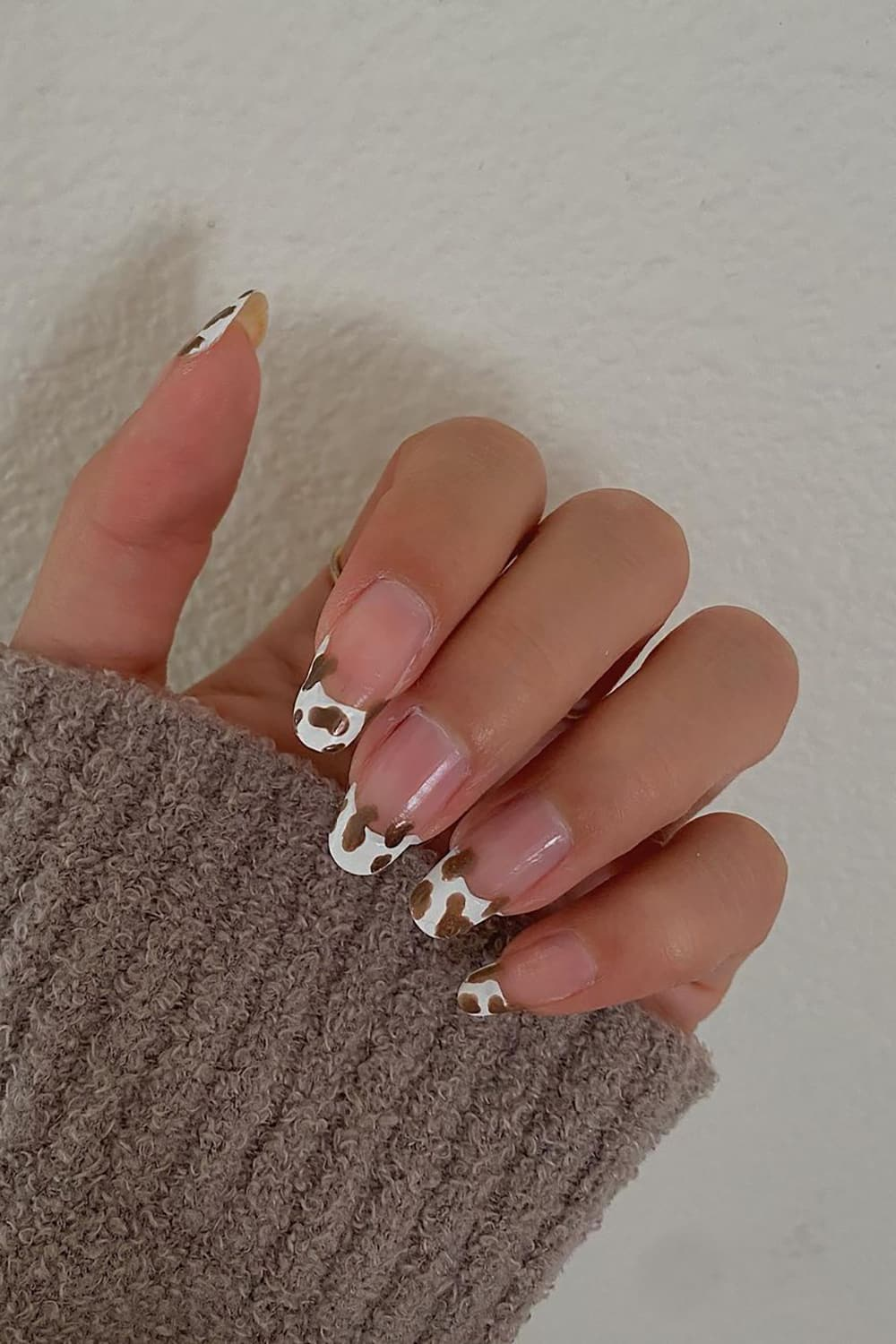 Cow brown nails