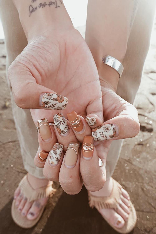 Floral boho nails