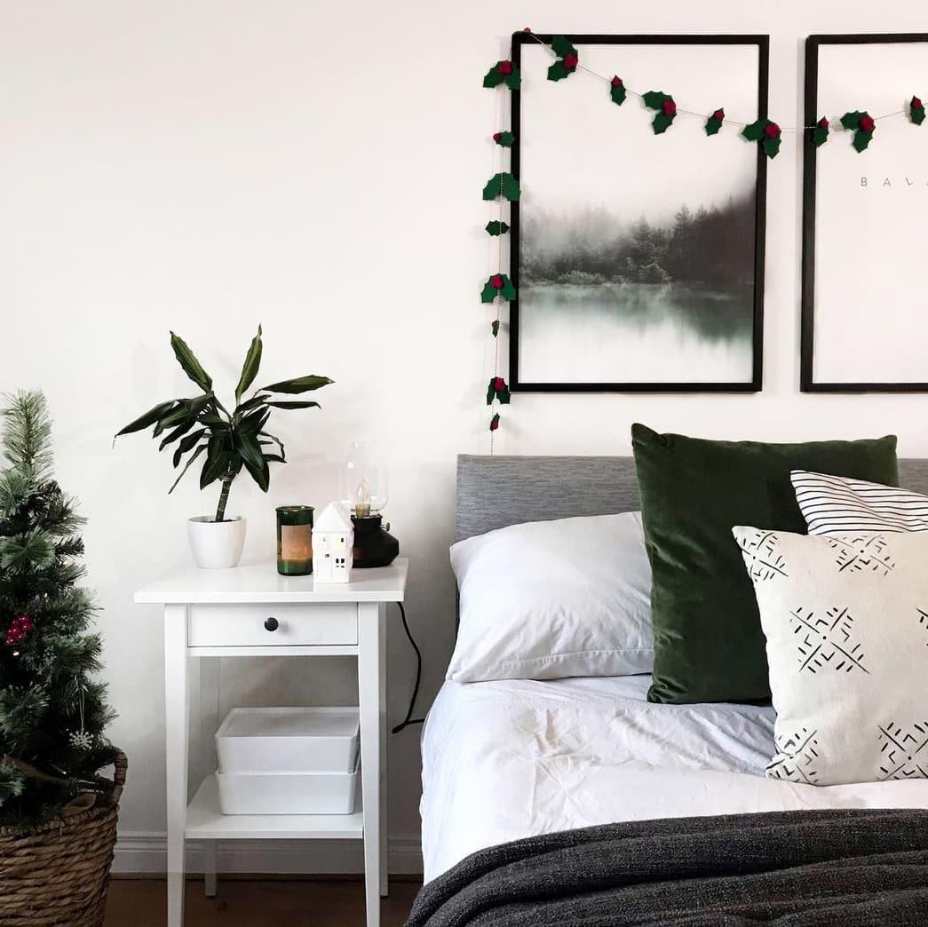 Green Christmas bedroom