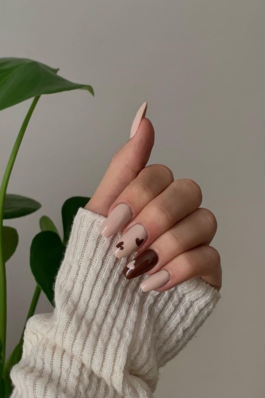 Heart brown nails