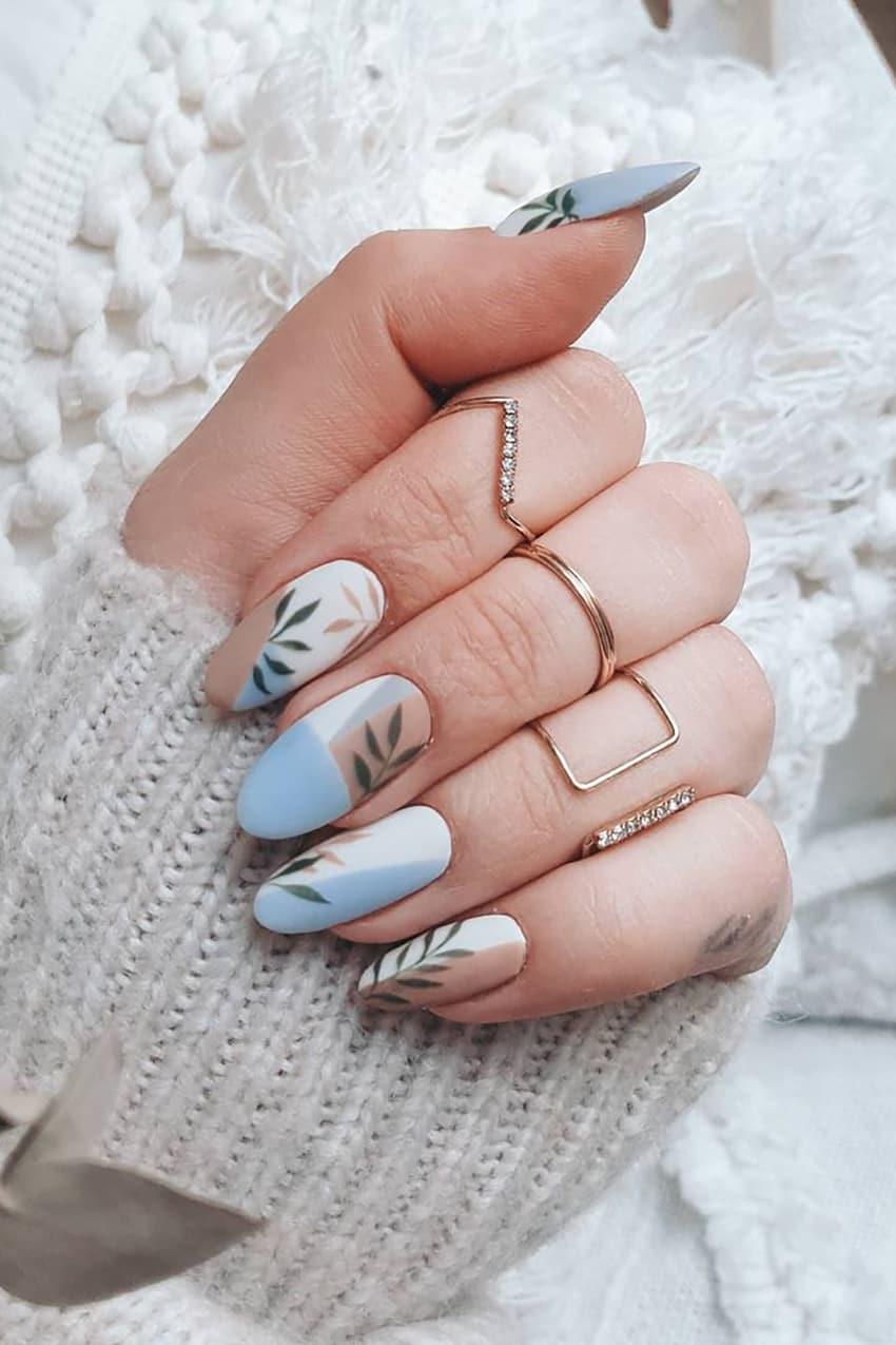Plant boho nails