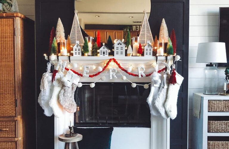 22 Perfect Decorating Ideas For The Christmas Fireplace
