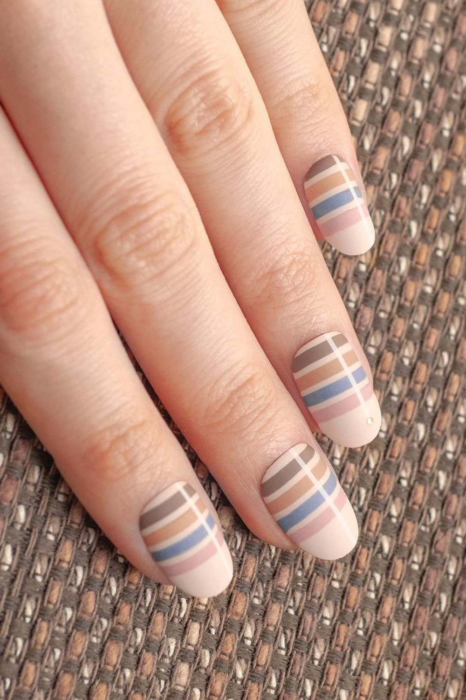 boho striped nails